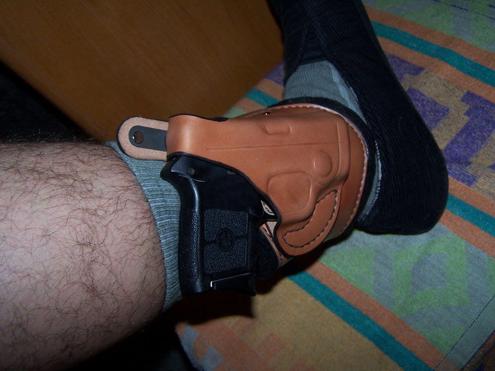 Ankle carry, whats your method?