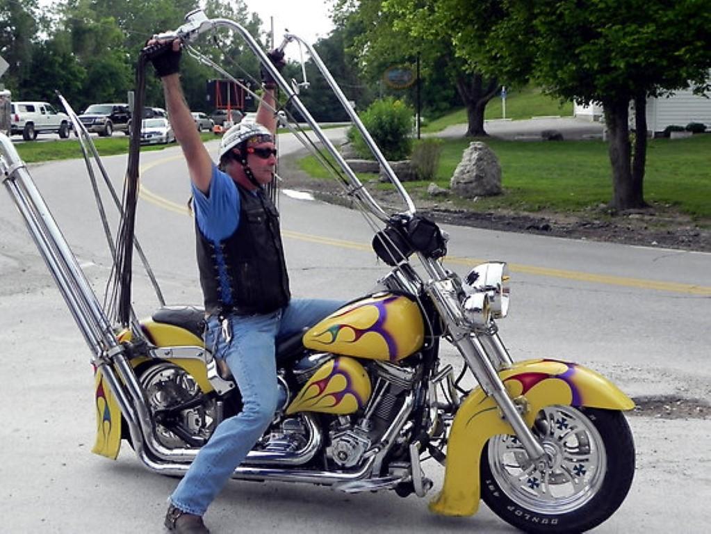 Name:  Extreme-Motorcycle-Ape-Hangers-5.jpg Views: 539 Size:  225.7 KB