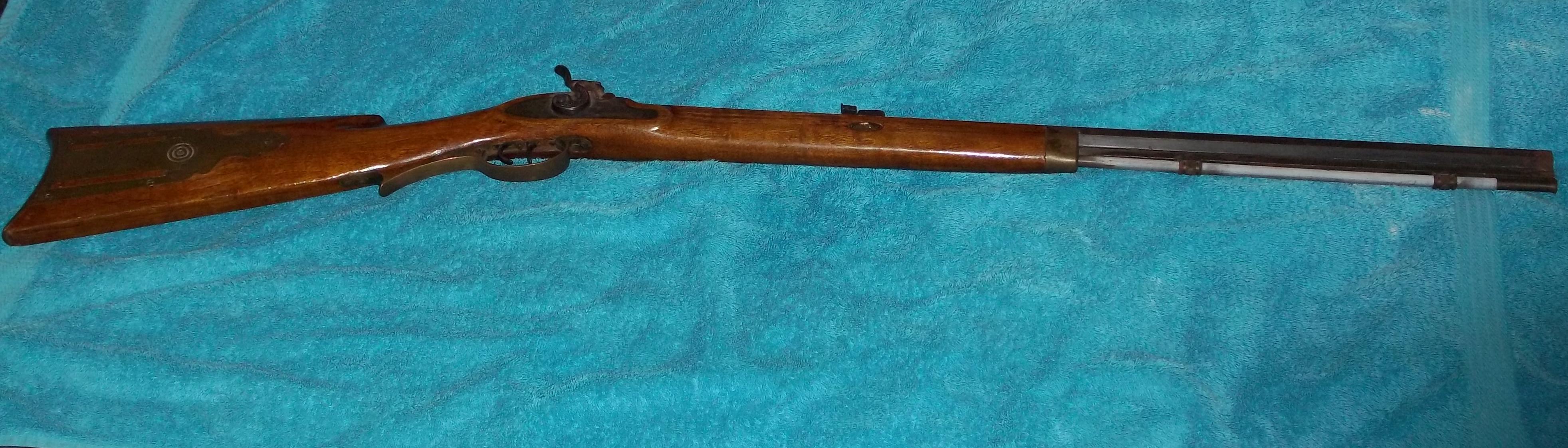 Name:  gun croped.jpg Views: 1328 Size:  656.7 KB