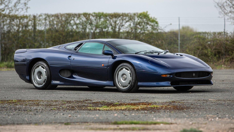 Name:  Jaguar-XJ220-British-Marques-Sale-001.jpg Views: 28 Size:  199.9 KB