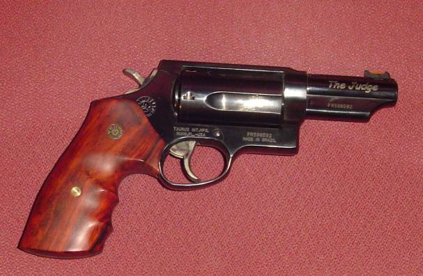 Name:  Judge with wood grips.jpg Views: 24 Size:  45.9 KB