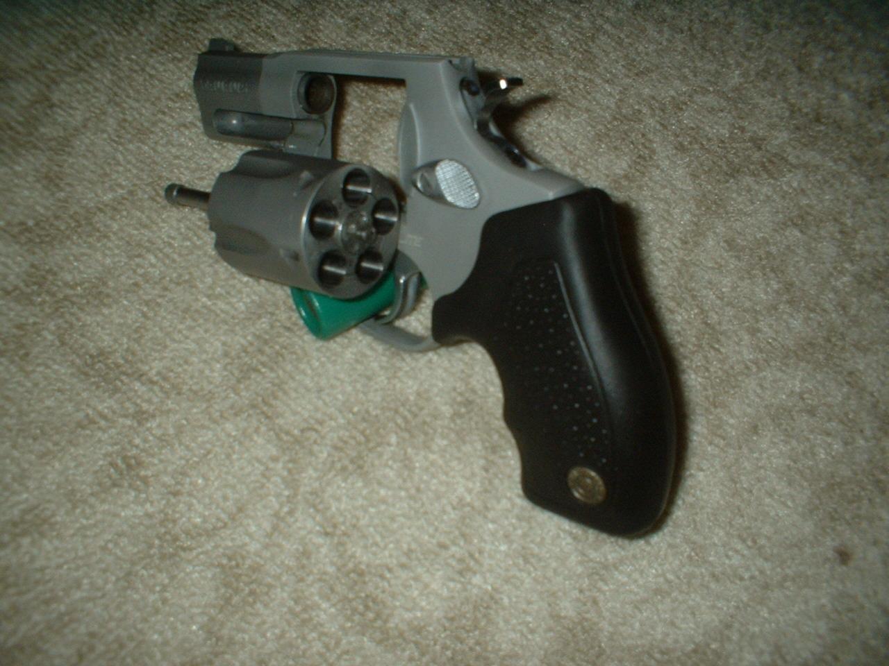 Pistolas 380 Taurus 638