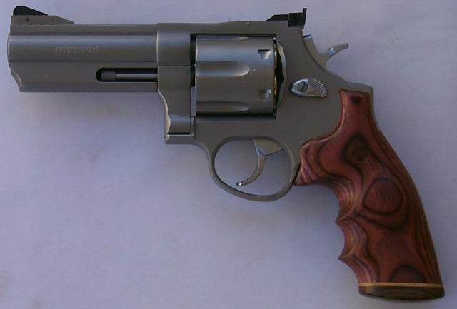 Model 44 New Hogue Grip