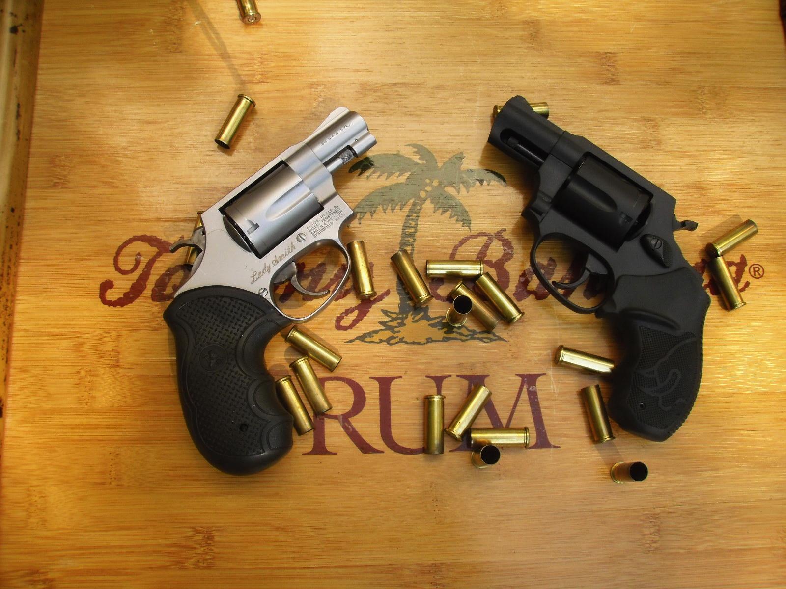 taurus 85fs versus s w model 60 7 snubbie shootout