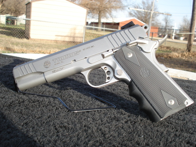 Anyone have any idea on what grips to buy for my PT1911 - Page 2