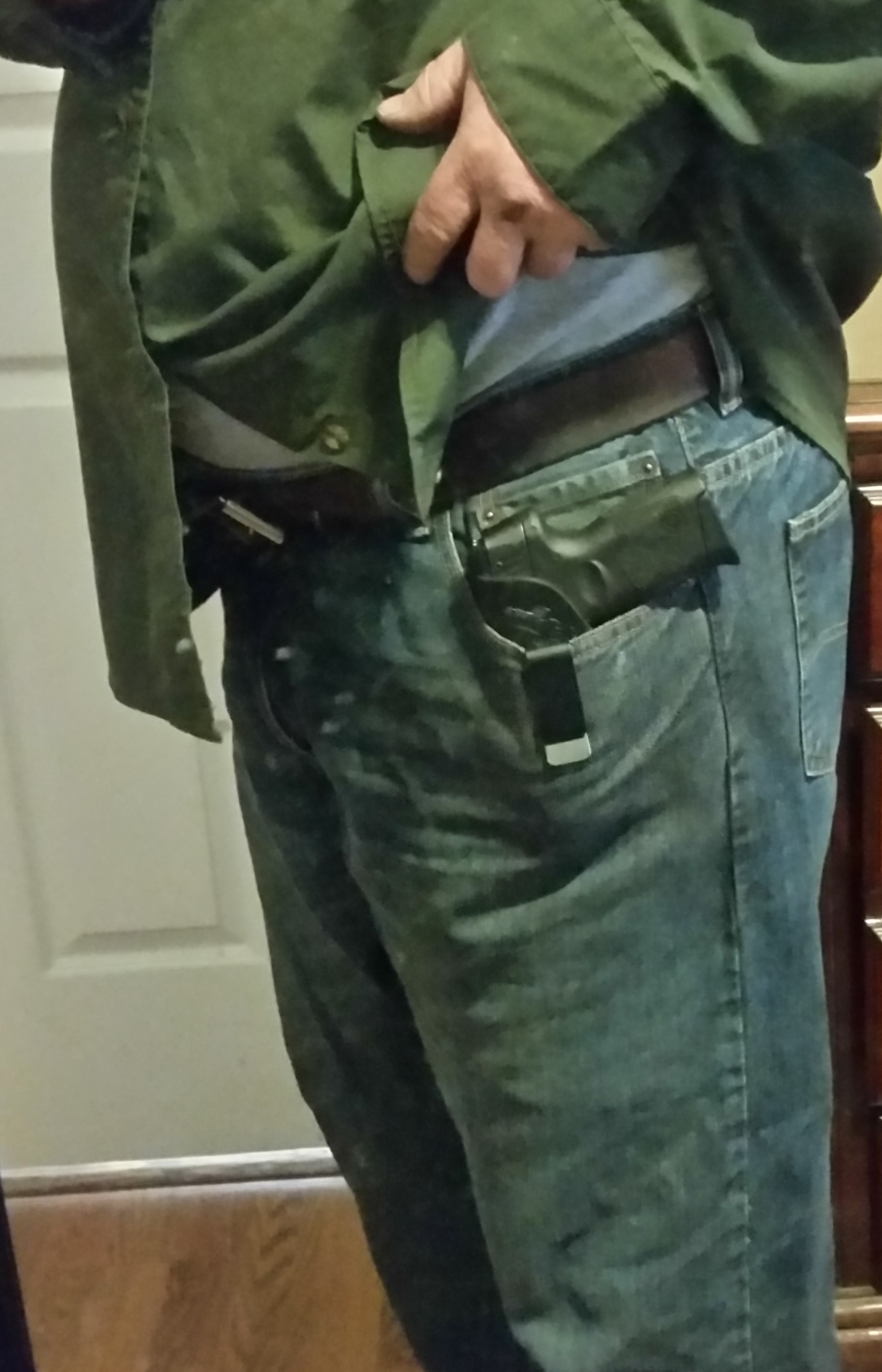 Did not like sneaky pete holster for 111 g2 for Pro carry shirt tuck
