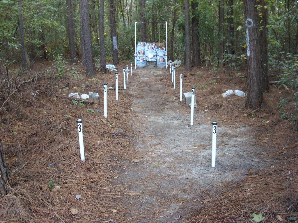 Backyard Archery Range Backstop : Backyard Shooting Range on Pinterest  Shooting Range, Shooting Bench