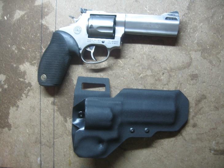 Taurus Model 44 Holster