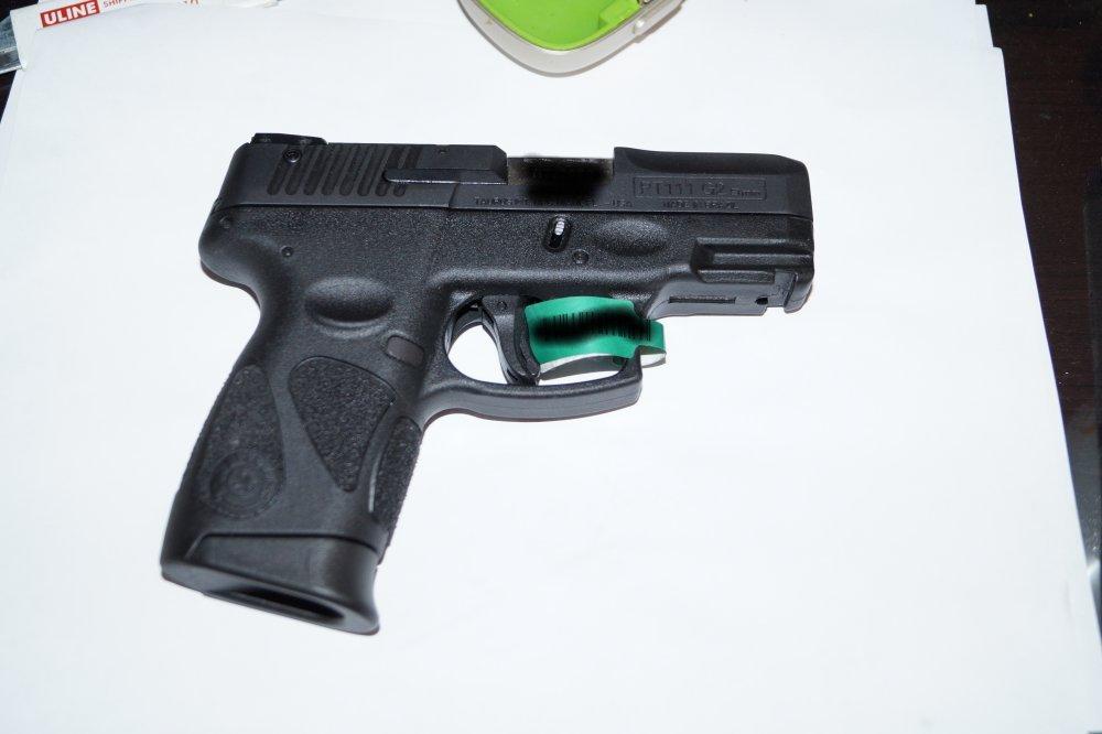 Aimkon Highlight P5S 400 Lumen Pistol LED Strobe Flashlight With Weaver Quick