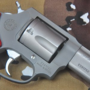 mini DSC 1133 M 85 38 Special with Modified grip