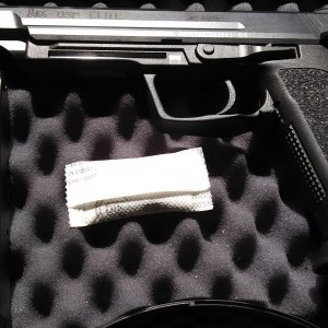 H&K USP45 Elite (in box)